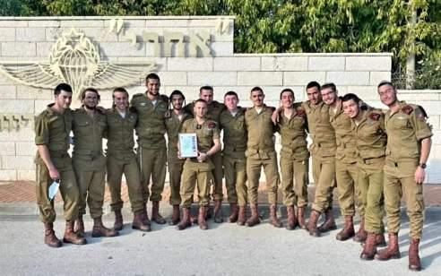 """מפקד פלוגת חץ, הפלוגה החרדית בחטיבת הצנחנים סיים את תפקידו: """"הביא את הפלוגה לשיא מבצעי ייחודי"""""""