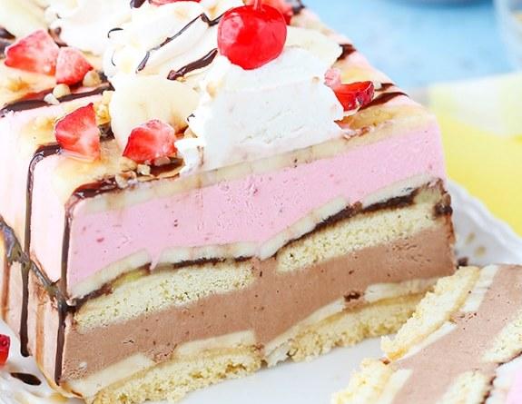 Banana-Split-Ice-Cream-Cake-Loaf7