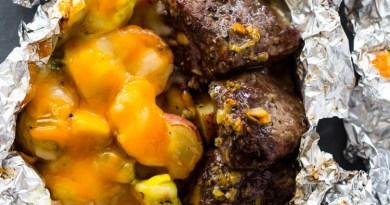 Foil-Pack-Steak-and-Potatoes