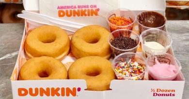 Dunkin' DIY Kits