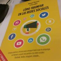 Cómo Triunfar en las redes sociales de Manuel Moreno @TreceBits
