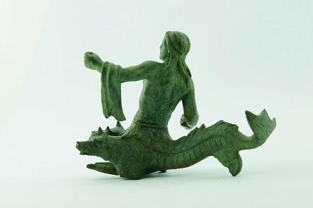 Χάλκινο ειδώλιο Σκύλλας. Τέλη του 4ου αι. π.Χ. (ΕΑΜ Χ 21084)