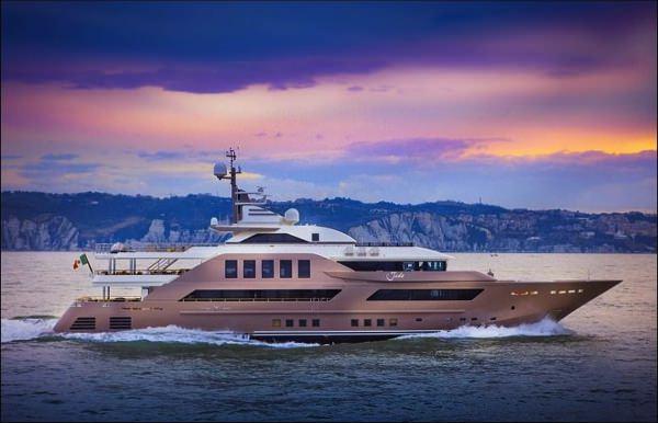 allabout.gr-Luxury-Yacht-6