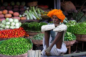 Πωλητές προϊόντων στο δρόμο ανά τον κόσμο