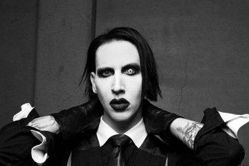 διασημότεροι, άσχημοι celebrities Marilyn Manson allabout.gr