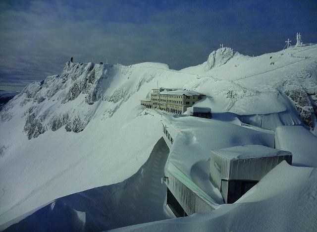 Απίστευτη θέα από τα 2.100 μέτρα υψόμετρο