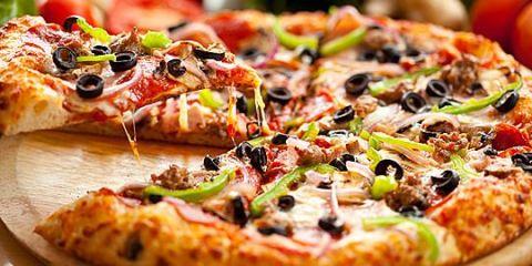 Πίτσα με σπιτική ζύμη