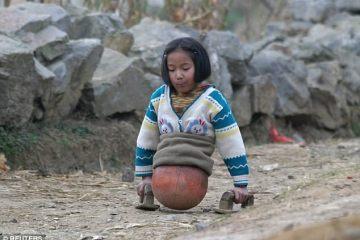 το κορίτσι με τη μπάλα; Εγινε πρωταθλήτρια κολύμβησης