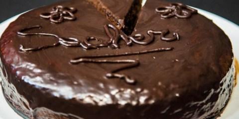 Συνταγή για την διάσημη Ζάχερ Τόρτε (Sachertorte)