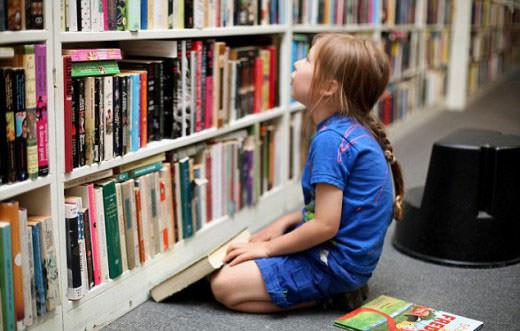 Πεντάχρονος με αυτισμό μιλά 7 γλώσσες!