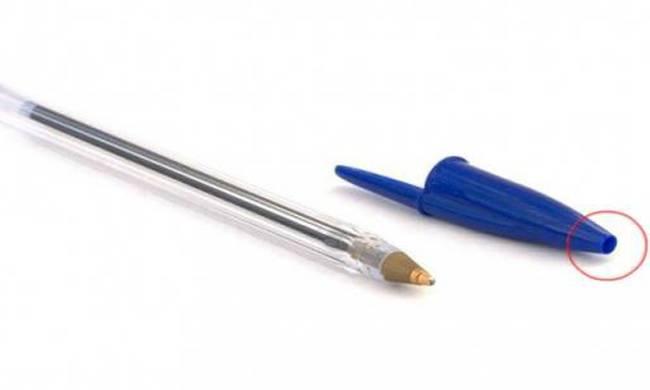 Γνώριζες γιατί το καπάκι του στυλό είναι έτσι μπροστά; Η λεπτομέρεια που σώζει ζωές