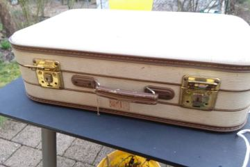 παλιά βαλίτσα μίνι μπάρ
