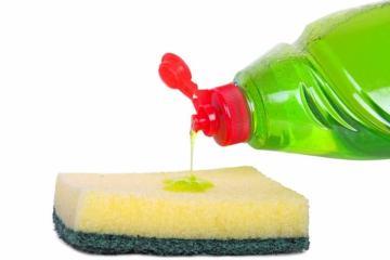 πανέξυπνοι τρόποι να χρησιμοποιήσετε το απορρυπαντικό πιάτων