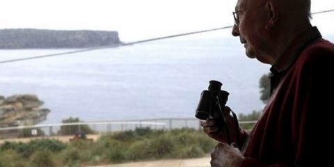παππούς απέτρεψε 160 αυτοκτονίες κάνοντας μια απλή ερώτηση