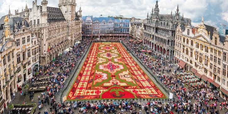 ©http://www.flowercarpet.brussels/