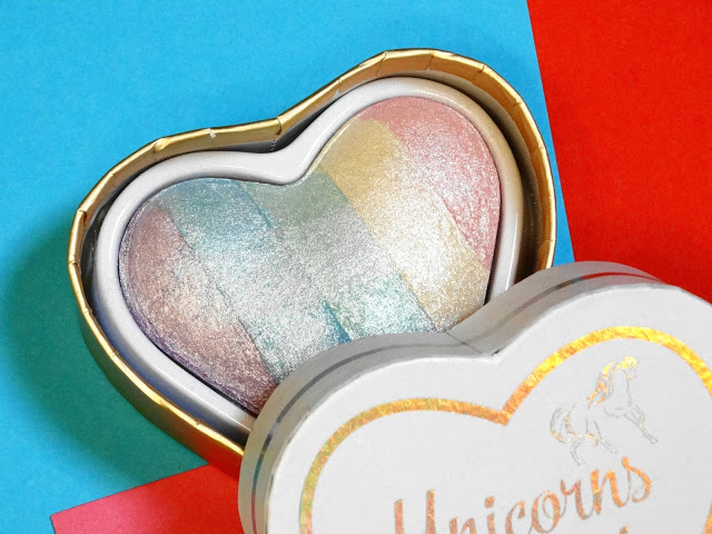 394ce dsc001852b252812529 - I Heart Makeup Unicorn Heart Baked Blush