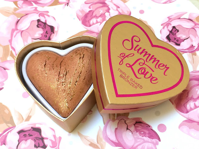 85d71 img 2627 - I HEART MAKEUP Blushing Hearts - Love Hot Summer Triple Baked Bronzer