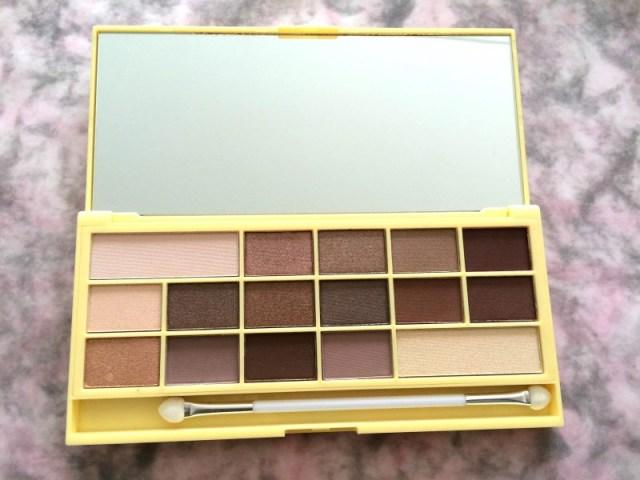 95769 img 0918 - I Heart Makeup Naked Chocolate Eyeshadow Palette