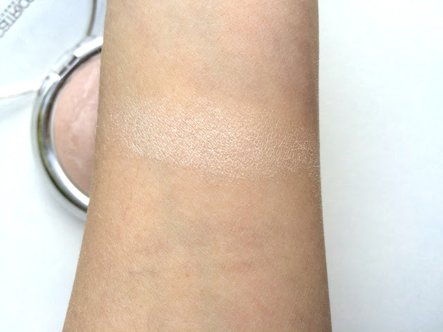 a4639 img 6303 - CATRICE HIGH GLOW MINERAL HIGHLIGHTING POWDER