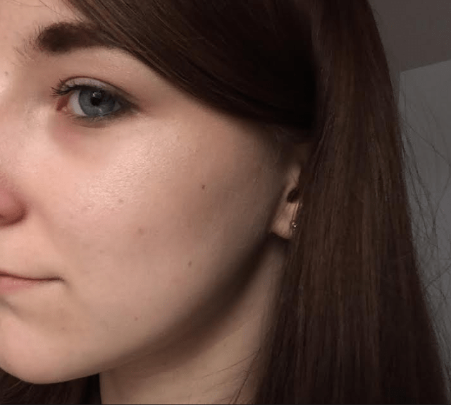 ad759 1 - CATRICE HIGH GLOW MINERAL HIGHLIGHTING POWDER