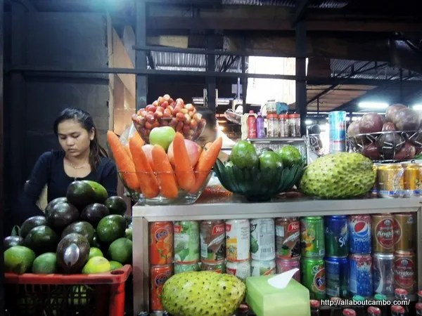 тропические фрукты в камбодже