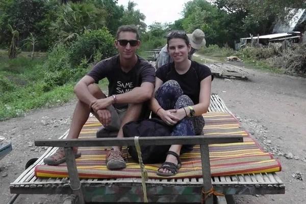туристы в камбодже