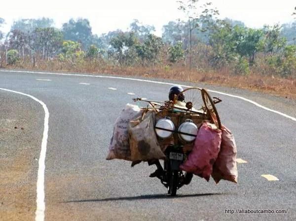 дорожнное движение в Камбодже