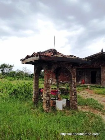 нетривиальная экскурсия на гору Бокор в Камбодже