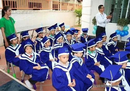 Школа в Камбодже. Первый класс