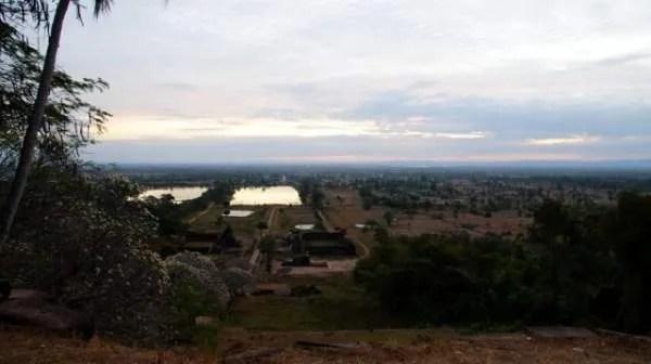 Храм Wat Phou