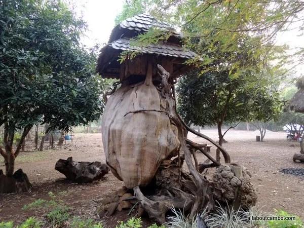 домик духов леса Лаос