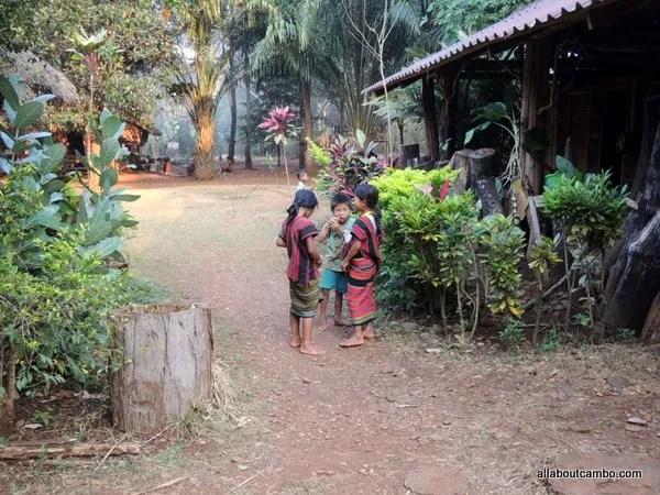 национальная одежда в Лаосе
