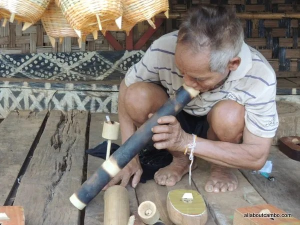 трубка мира Лаос