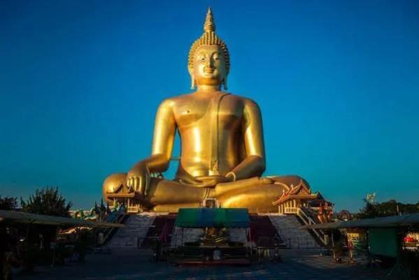 Самый большой Будда в Тае