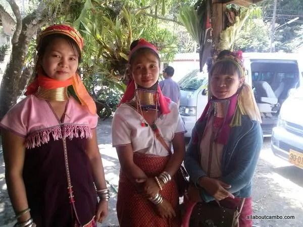 девушки племени каренов