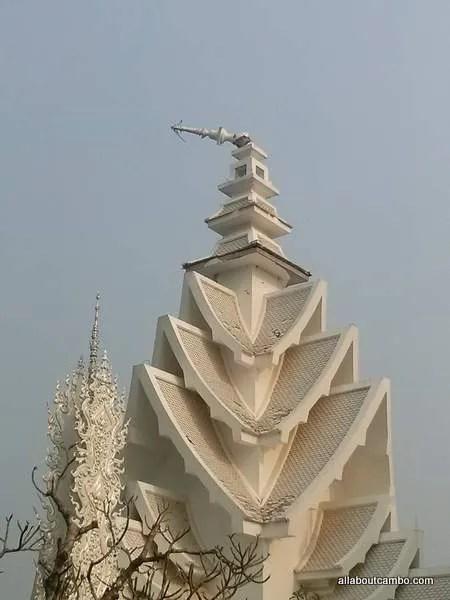 чианграй белый храм (2)