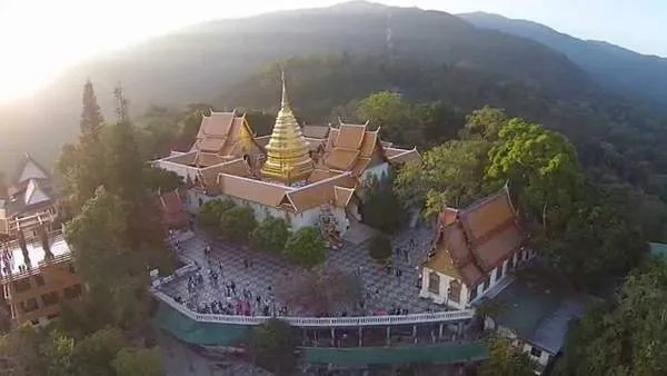 Doi Sutkhep храм
