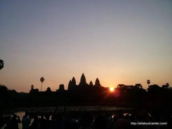 рассвет в Ангкоре