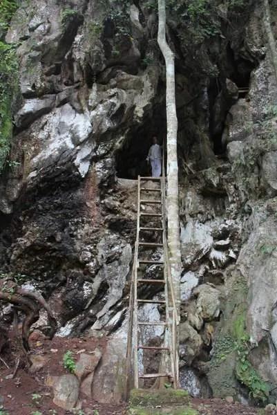 Лесной монастырь в Тайланде1