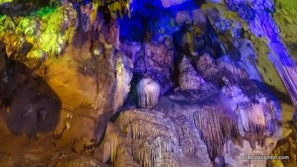 Пещеры в Чианг Дао