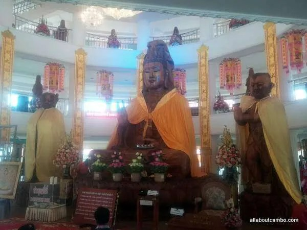 Скульптура Гуанин в Тайланде