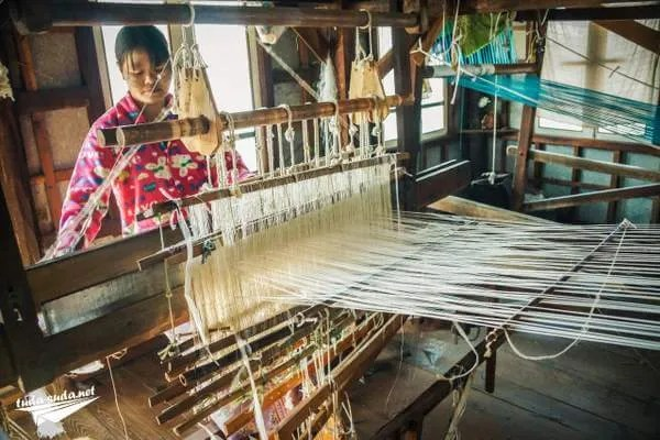 одежда из лотоса Бирма