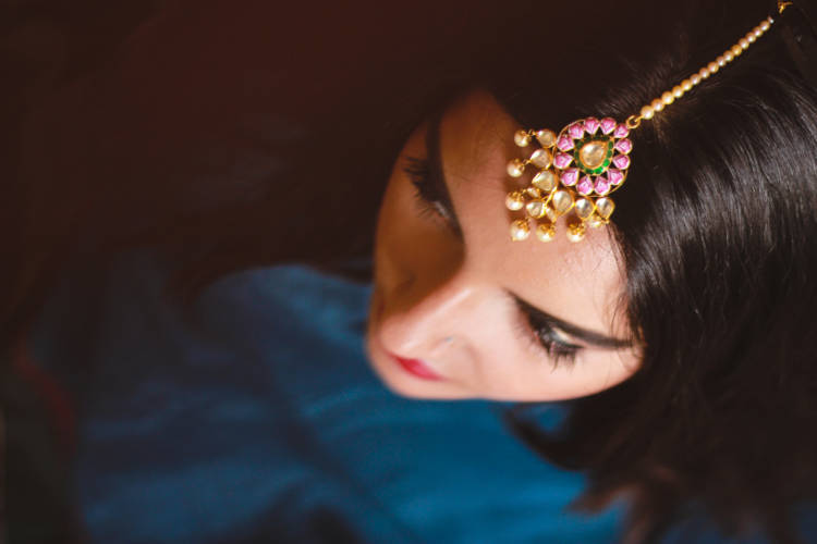 maang tika styles for wedding