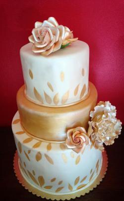 Custom Wedding Cakes by Roxana