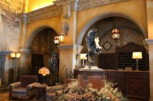 Disneyland Hollywood Tower Hotel Inside