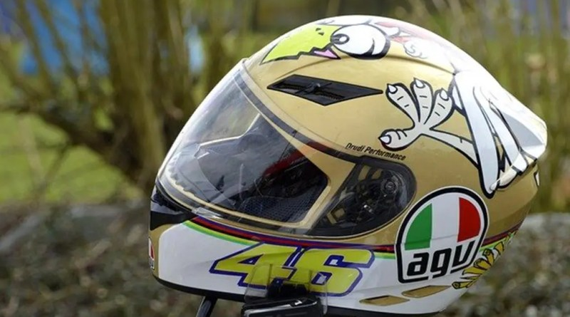 How To Clean Non Removable Helmet Liner Easily