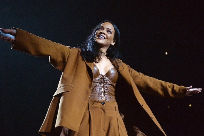 rihanna-anti-world-tour-barclays