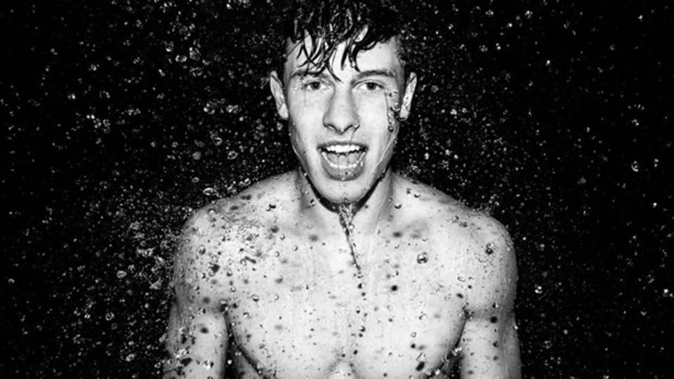 Shawn Mendes nową gwiazdą kampanii bielizny Calvin Klein