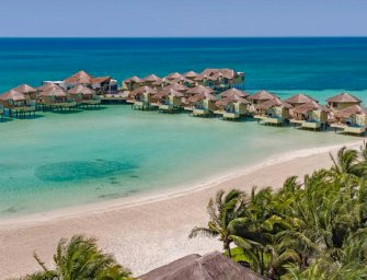 Primer hotel sobre el mar en México