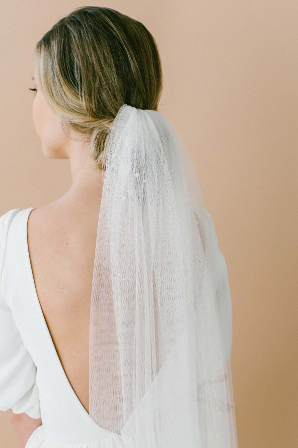 wedding veil with pearls, bridal veil with pearls, pearl veil
